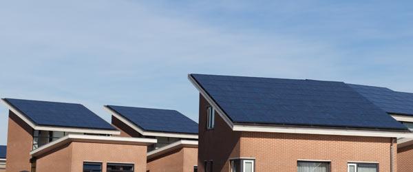 maisons tuiles photovoltaiques