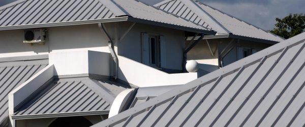 toiture bac acier maison individuelle